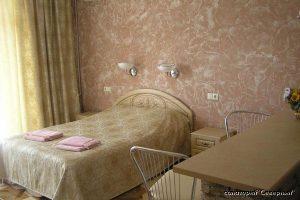 """Санаторий """"Северный"""", Заозерное; 2-комнатный комфорт, спальня"""
